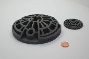 Spacecraft heat shield with SiC